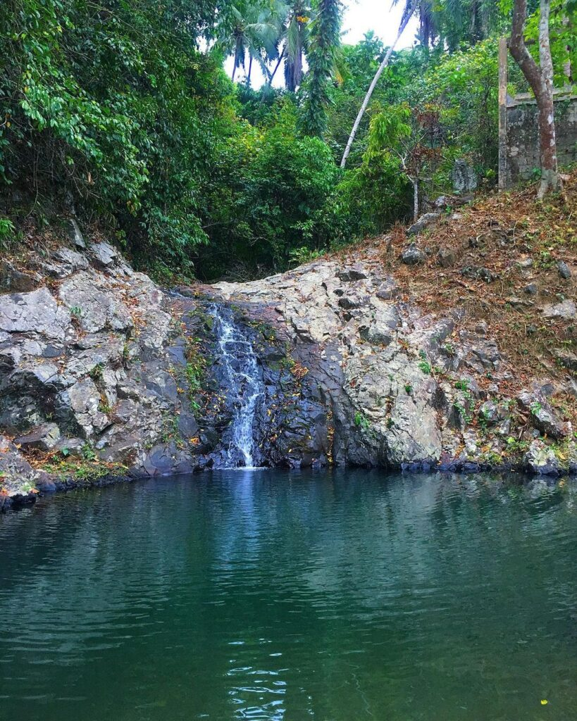 Kawa Kawa Falls